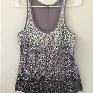 ✨ Gently used grey sparkle tank top ✨